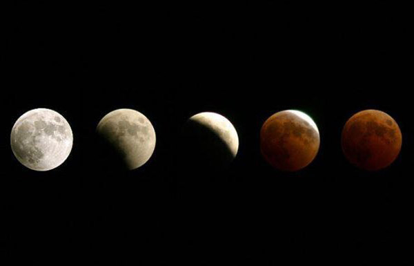 خسوف كلي للقمر أكثر من 3 ساعات مساء غد