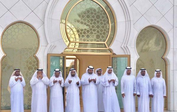 حاكم الفجيرة يزور ضريح الشيخ زايد