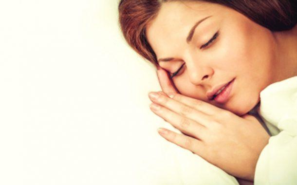 النوم 9 ساعات يضاعف خطر الزهايمر