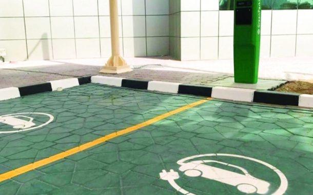 50 محطة شاحن أخضر للسيارات الشهرين المقبلين