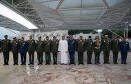 محمد بن زايد يقلد عددا من أبطال القوات المسلحة وسامي