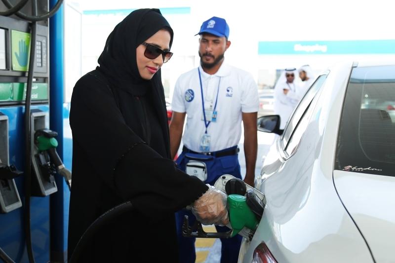 أسعار الوقود تستهل 2019 بأكبر انخفاض في عام