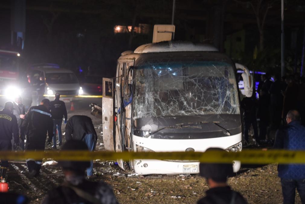 الإمارات تدين الإعتداء الارهابي على حافلة سياحية في مصر