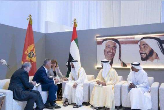 محمد بن زايد يستقبل عددا من قادة الدول المشاركين في