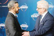 عبد الله بن زايد ينقل تحيات رئيس الدولة ونائبه ومحمد بن زايد للرئيس البولندي