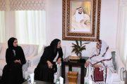 وزيرة الإنتاج الحربي الباكستانية تزور الاتحاد النسائي و تشيد بالجهود الانسانية للشيخة فاطمة