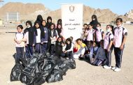 بلدية دبا تنظم حملة لتنظيف شاطئ الفقيت