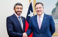 عبدالله بن زايد يبحث تطوير العلاقات الثنائية مع وزير خارجية تشيلي