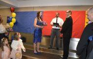 تزوجا في المطار.. والسبب