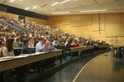 الاتحاد الأوروبي يسمح للاجئين بالتدريس في الجامعات