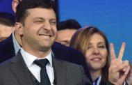 دراما فولوديمير زيلينسكي تحولت لواقع.. ممثل كوميدي لعب دور الرئيس يصبح رئيسا