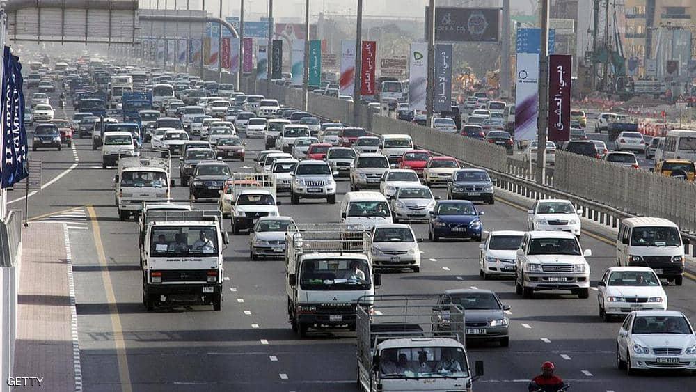دبي.. تجديد ترخيص المركبات دون سداد المخالفات
