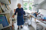 وفاة الكاتبة البريطانية الشهيرة جوديث كير عن 95 عاماً