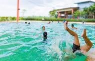 شرطة أبوظبي تدعو الأسر إلى وضع سياج آمن حول أحواض السباحة