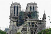 كاتدرائية نوتردام تحيي أول قداس بعد