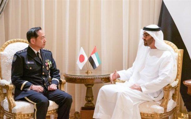 محمد بن زايد يستقبل رئيس أركان القوات اليابانية المشتركة