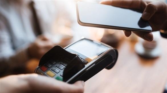 هل تريد استخدام هاتفك عند الدفع في الخارج؟ إليك ما تحتاجه