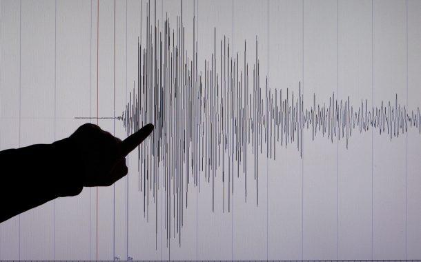 تحذير من تسونامي في نيوزيلندا إثر زلزال عنيف بقوة 7,4 درجات