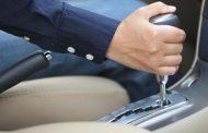 طرق سهلة لتحسين الصحة أثناء قيادة السيارة