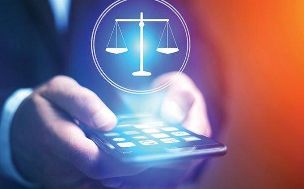 10 محازير تعرّض مستخدمي مواقع التواصل الاجتماعي للمساءلة القانونية