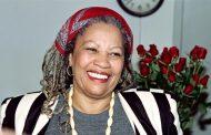 وفاة الروائية الأميركية موريسون الحائزة على جائزة نوبل