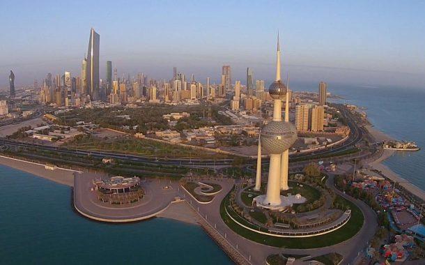 الكويت تلغي 56 ألف إقامة غير سارية لوافدين