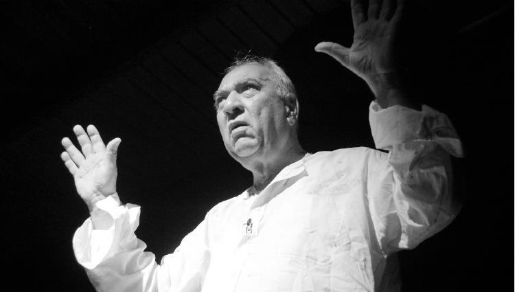رحيل عميد المسرح العراقي سامي عبد الحميد
