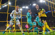 دورتموند غير المحظوظ يتعادل مع برشلونة في عودة ميسي