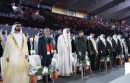 محمد بن راشد ومحمد بن زايد والحكام يشهدون الاحتفال باليوم الوطني الــ 48 تحت شعار