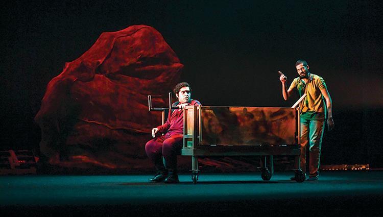 أيمن الخديم: بعض الفنانين هجروا المسرح لأنه «ما يوكّل عيش!»