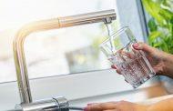 انتبه.. في هذه الحالات يصبح شرب الماء خطراً على صحتك
