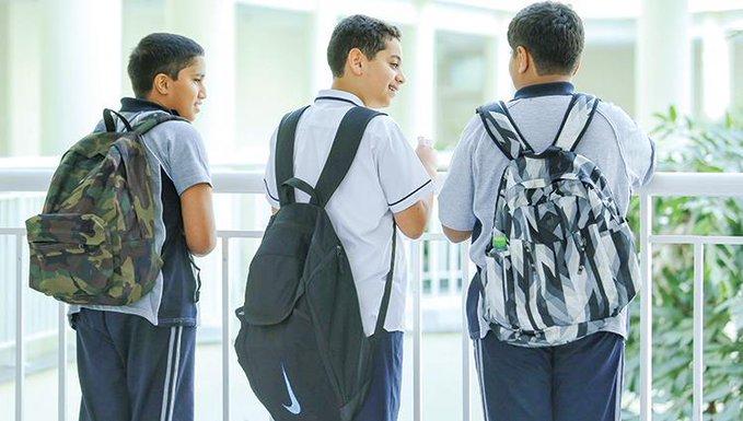 «التربية» تخفض وزن الحقيبة المدرسية 30%