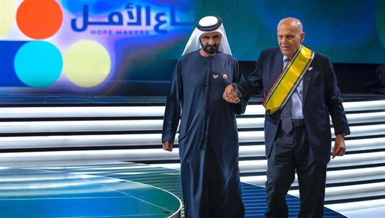 محمد بن راشد: يداً بيد.. نصنع أملاً جديداً