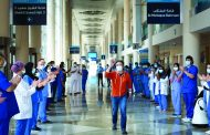 المستشفى الميداني في دبي يودّع آخر مصاب بـ «كورونا»