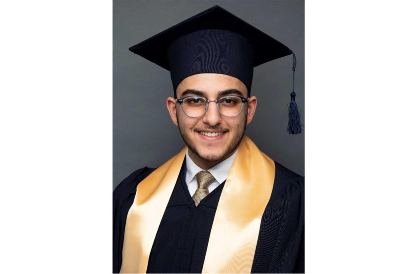 طالب إماراتي يحقق المرتبة الأولى في امتحان البكالوريا الدولية