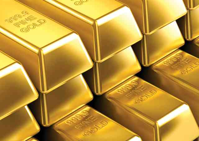 الذهب مستقر قرب ذروة قياسية