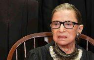 وفاة قاضية المحكمة العليا الأمريكية روث بادر غينسبيرغ
