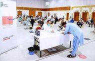 مدير منطقة الفجيرة الطبية: مواقع تلقي اللقاح في الإمارة تشهد إقبالاً لافتاً